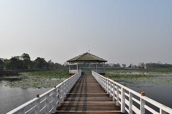 Visit Nakhon Sawan, Phichit, wonderful destinations for